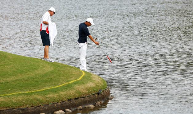 Luật golf: Bẫy nước trong đánh golf