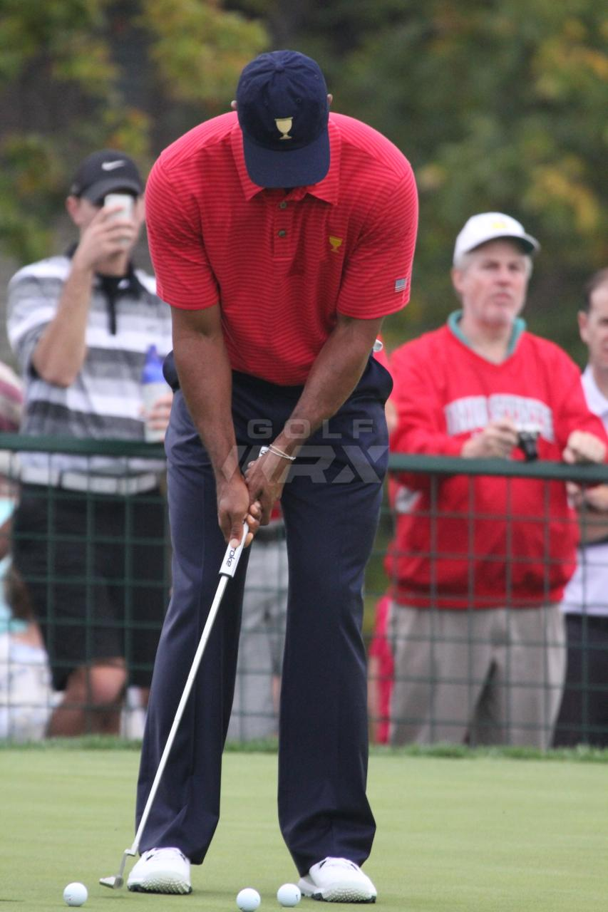 tiger to change to a superstroke putter grip