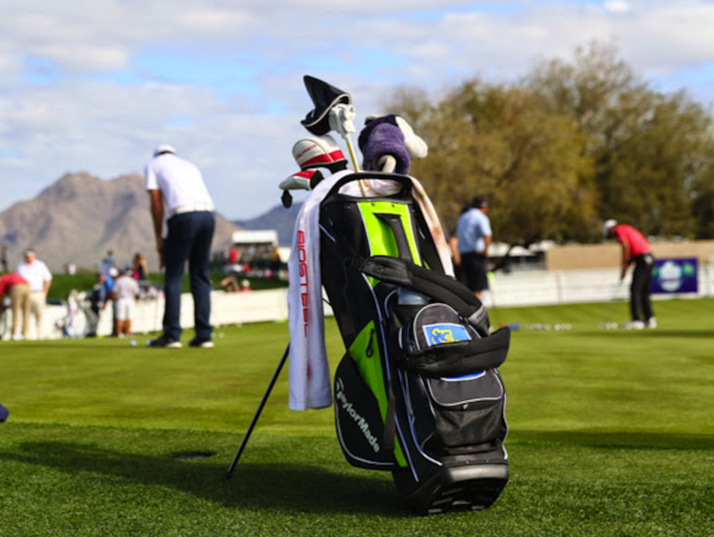 Caddies Change Out Staff Bags For Something Lighter Golfwrx