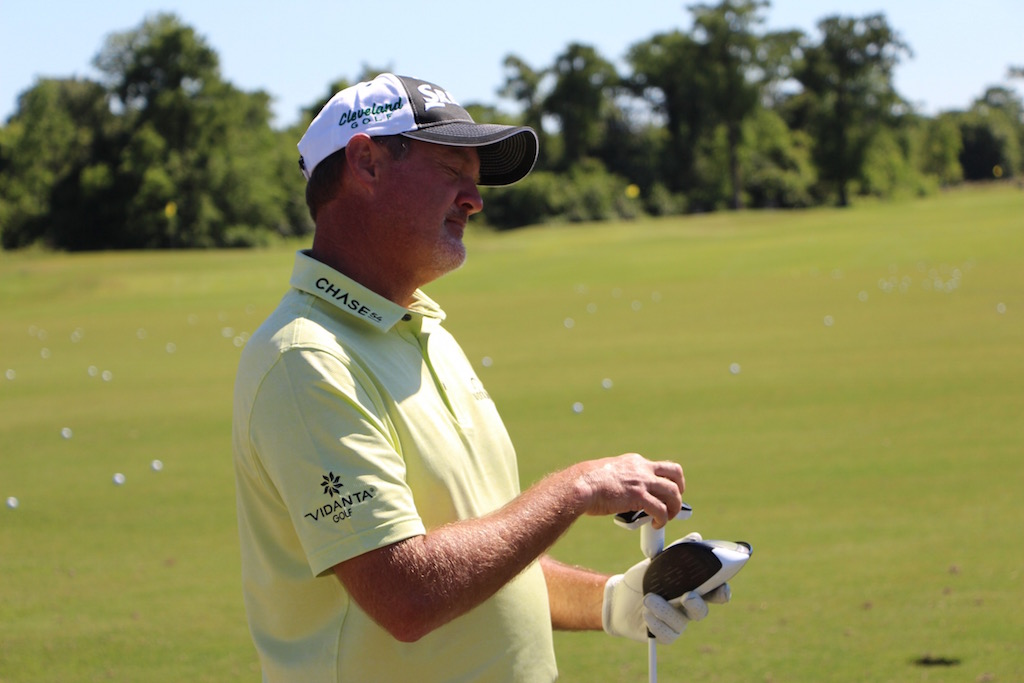 Jerry Kelly adjusting his driver on the range at the Zurich Classic.