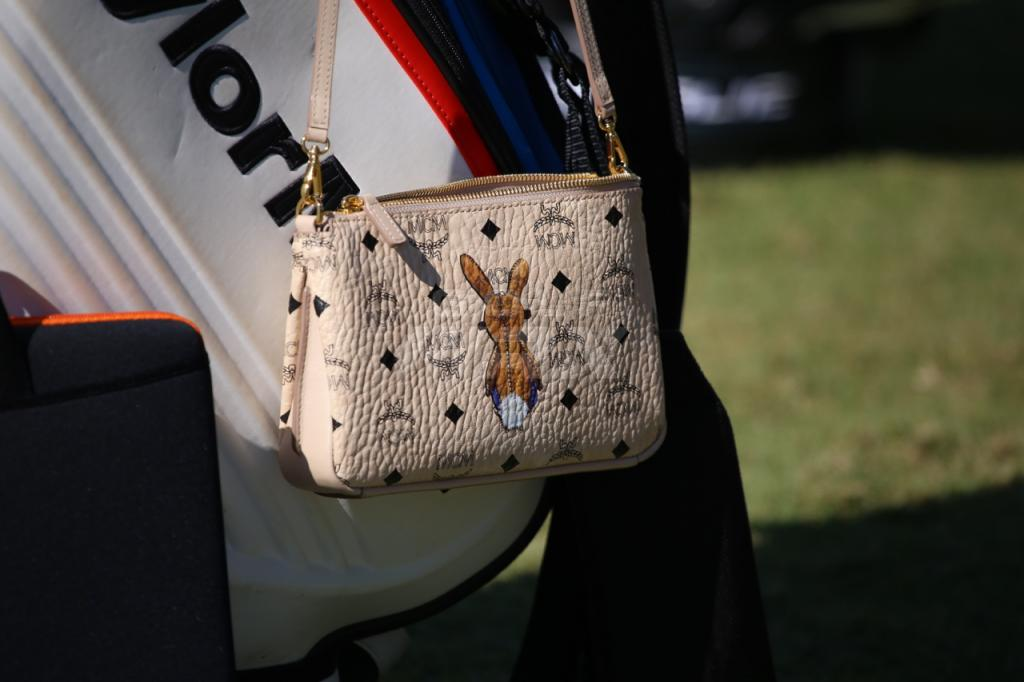 2a9de01c4971 10 interesting photos from Tuesday at the Zurich Classic – GolfWRX