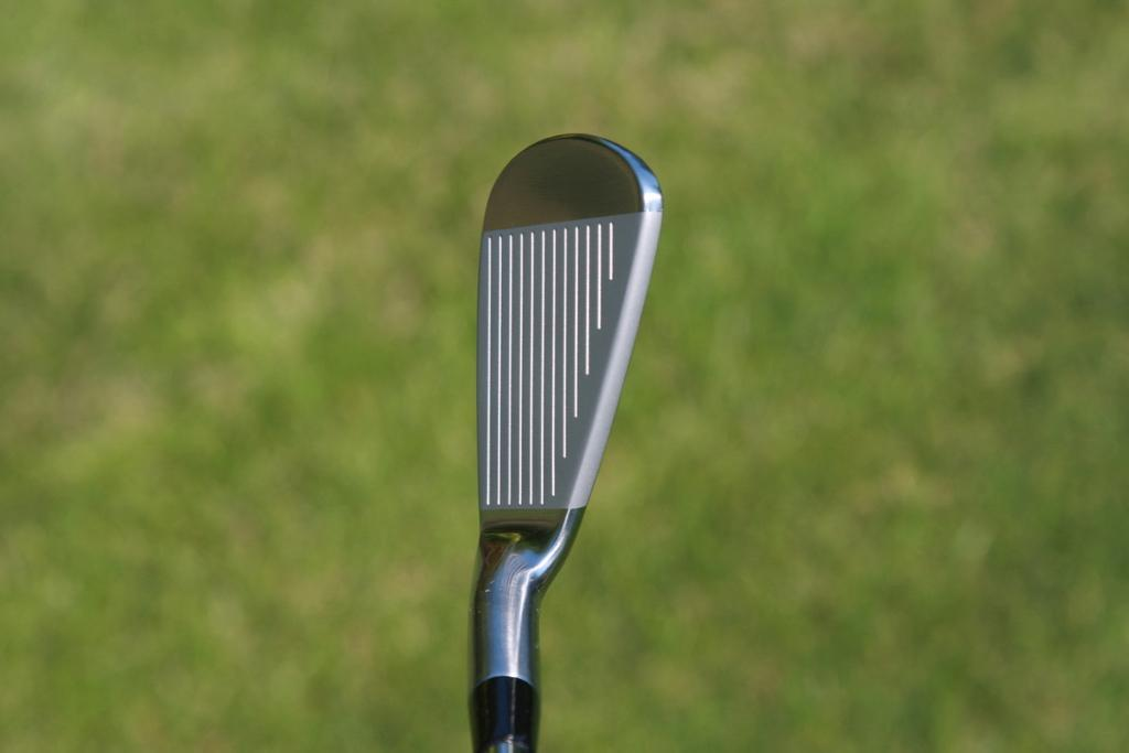 2019-mizuno-mp-20-7-iron-address