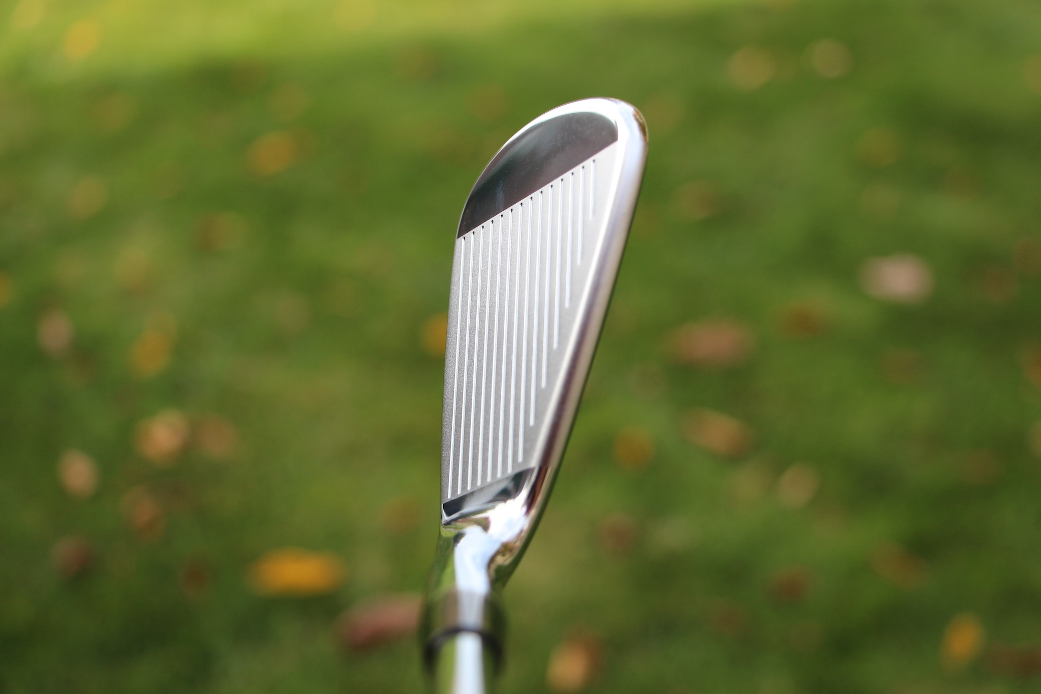 Cobra King Tour MIM 7-iron - cavity view